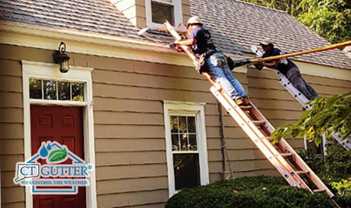 Residential and commercial gutter cleaning