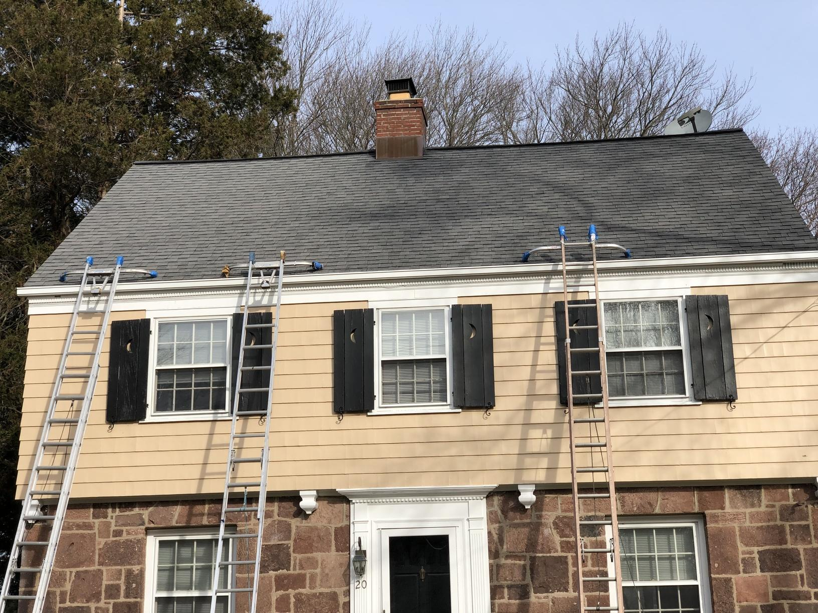 Gutter installation in north haven before image